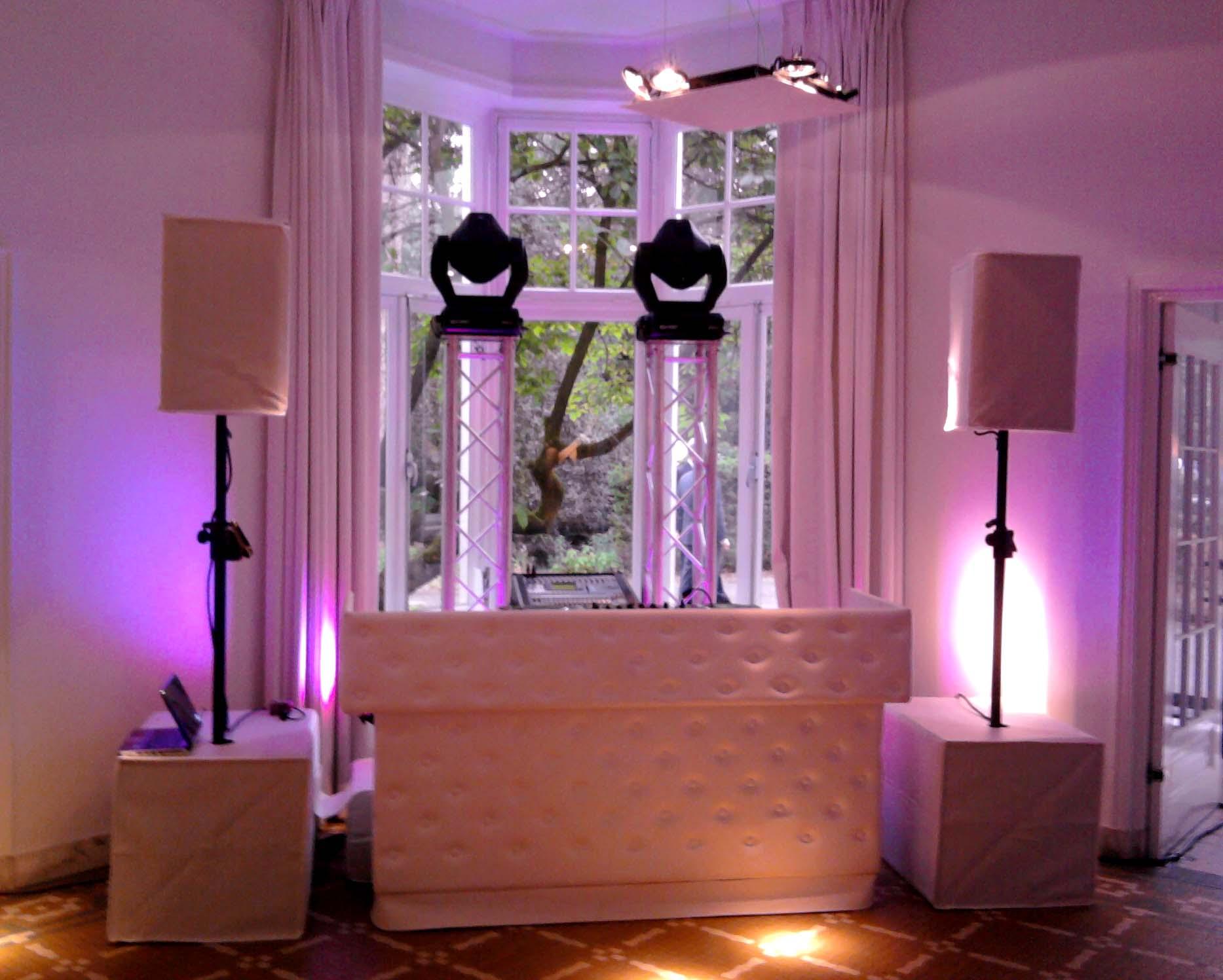 DJ stol elegance svadba